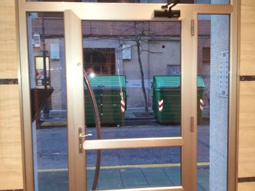 Puerta Portal 01