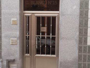 Puerta Portal 08