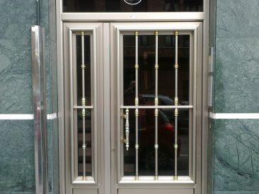 Puerta Portal 09