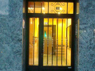 Puerta Portal 10