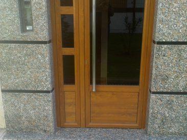 Puerta Portal 12