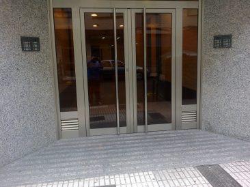 Puerta Portal 17