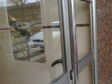 Puerta Portal 24
