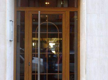 Puerta Portal 26